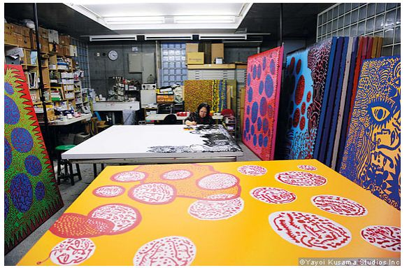 Yayoi Kusama in her studio