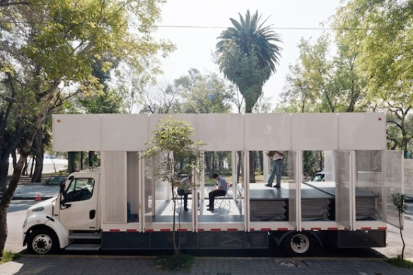 1500-Book-Library-On-Wheels-in-Mexico-City-16