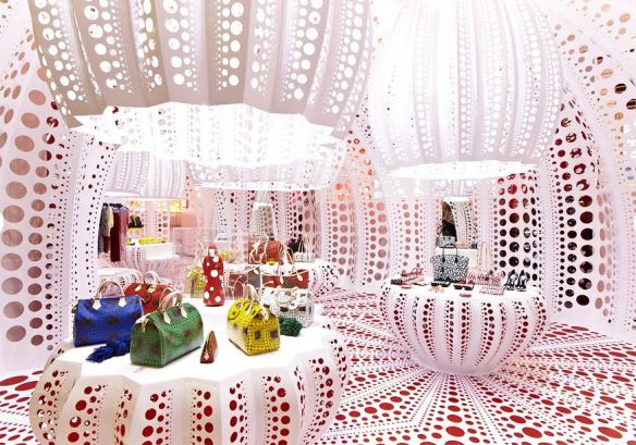 Kusama_and_Louis_Vuitton_concept_store_Selfridges
