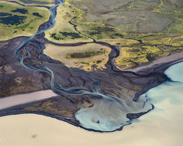 Aerial photography of Iceland by Andre Ermolaev_01